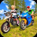 孩子越野摩托车上坡赛车手