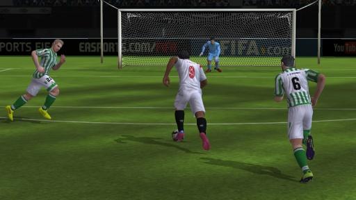 FIFA 15:终极队伍截图1