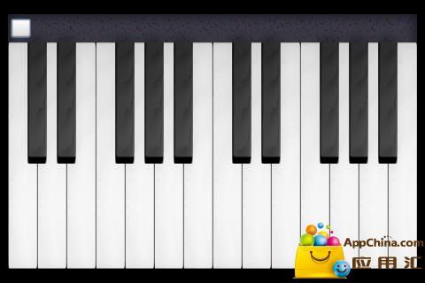 小小钢琴家